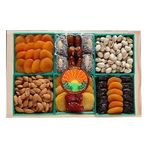 Mixed Dried Fruit & Nut Crate DF003